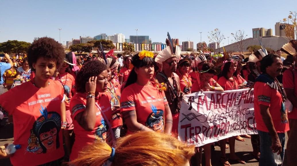 Sindsasc apoia atos pela educação e mulheres indígenas