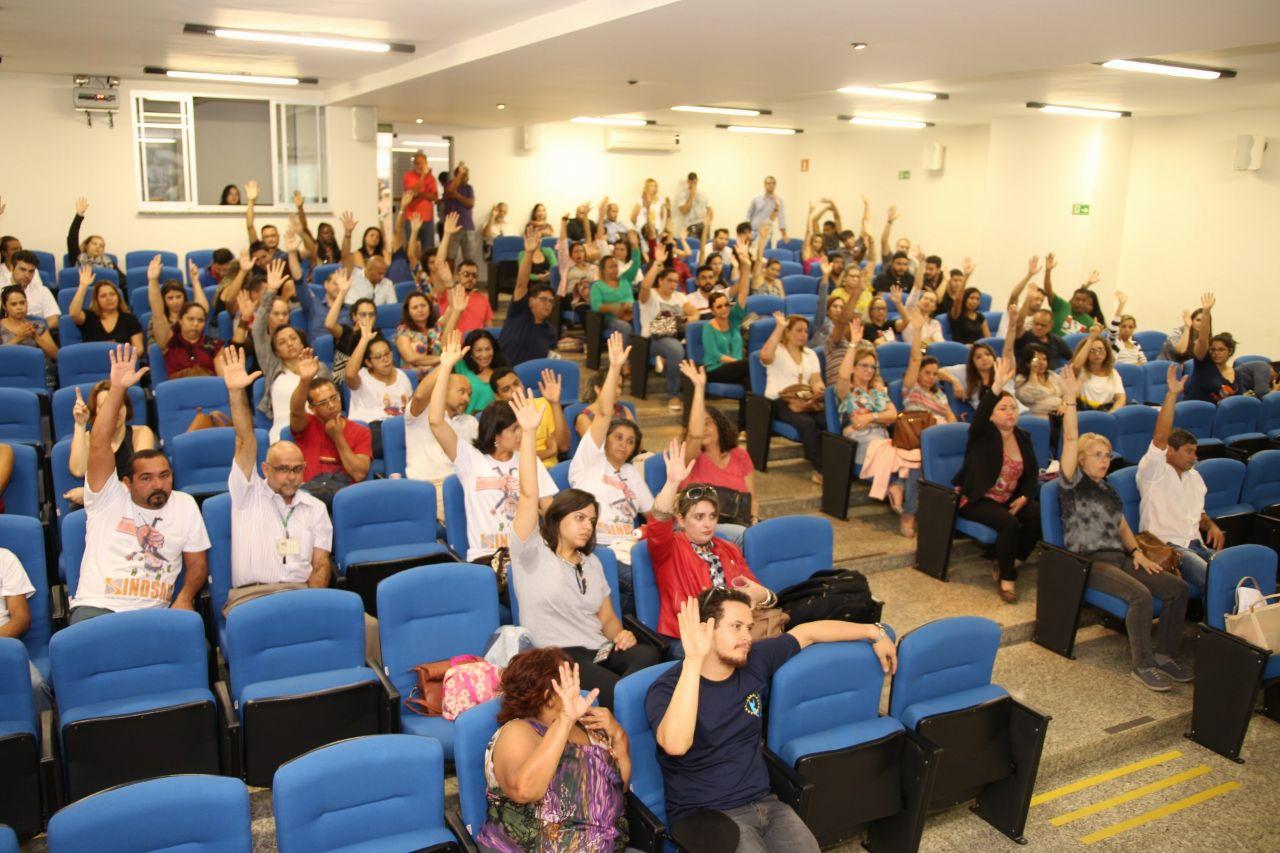 NOVA ASSEMBLEIA EM SETEMBRO, COM INDICATIVO DE GREVE
