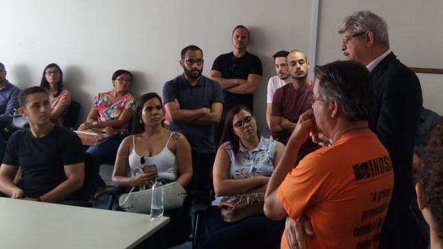 Reunião na SEDES aponta para destravamento do concurso